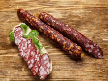 состав сырокопченых колбас